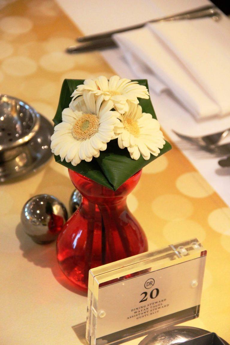 Table Flowers Miami