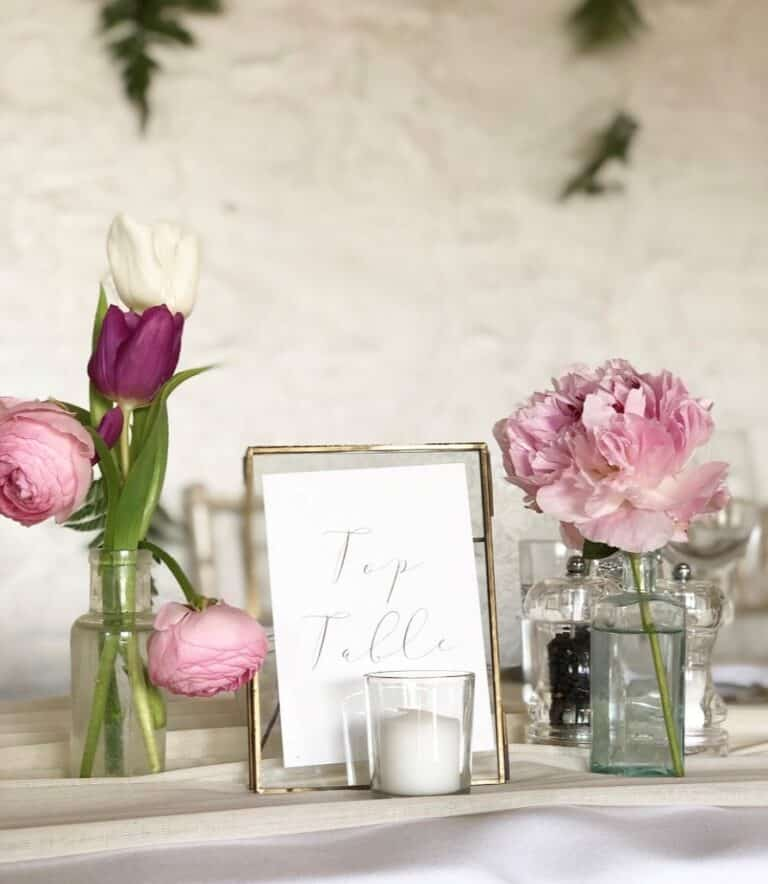 Wedding flowers and table decor